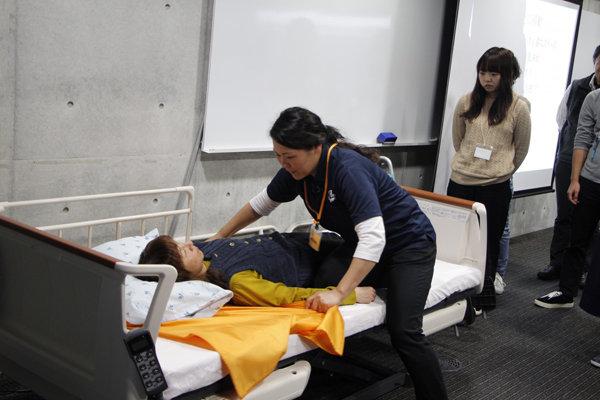『高齢者の障がいに合わせたリハビリケア研修会』を東京・大阪で開催の画像