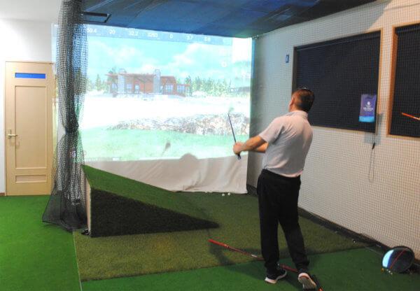マンツーマンレッスンのインドアゴルフスクール『台町ゴルフアカデミー』2019年10月東京都八王子市にオープンしました!の画像