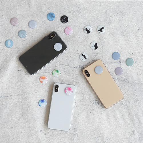 9月16日(水)発売開始!スマートフォンに貼るだけで電磁波防止!特殊回路が磁場空間を整える「ZERO - Color your days -」の画像